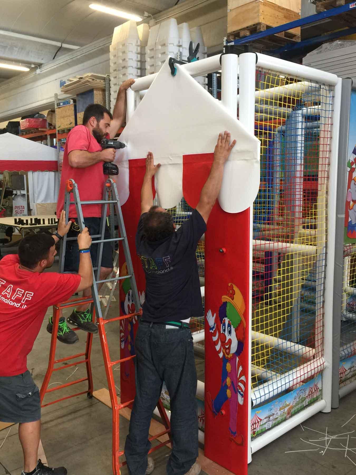 Gli operai specializzati di Primaland operano con la professionalità e la cura artigianale di una volta