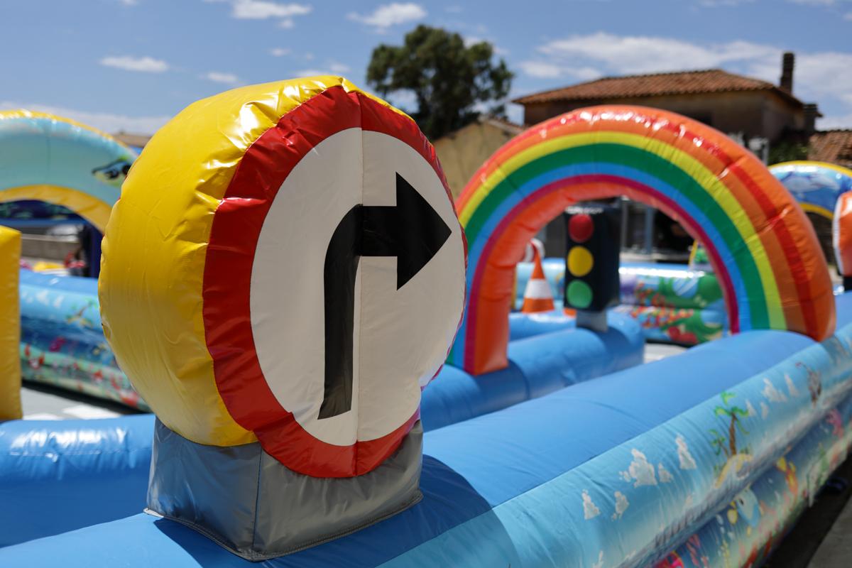 Primaland è specializzata nel noleggio di giochi gonfiabili per bambini